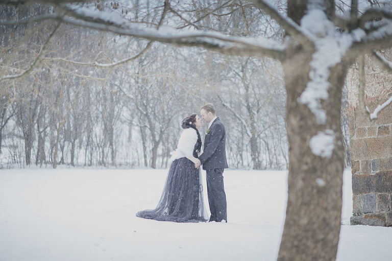 alternative winter wedding