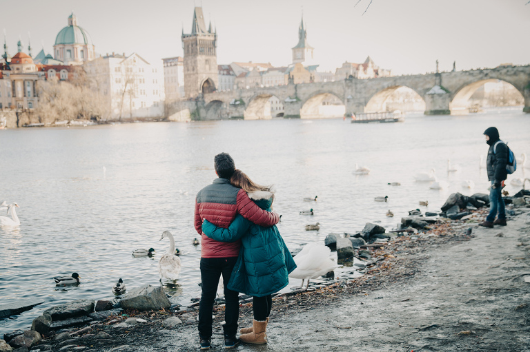 Surprise proposal charles bridge